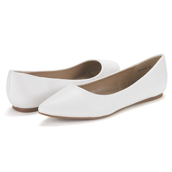 Black And White Flat Shoes For Women